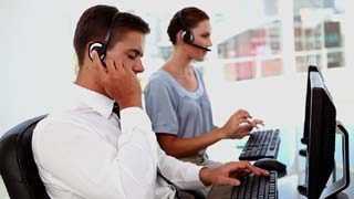 technicien hotline assistance informatique telephone 320